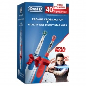 Oral B Promo Pack Ηλεκτρική Oδοντόβουρτσα Pro 600 Cross Action & Stages Power Star Wars 3+